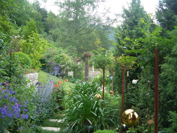 Gartenbesuch Schmid - Garten mit Blickachse
